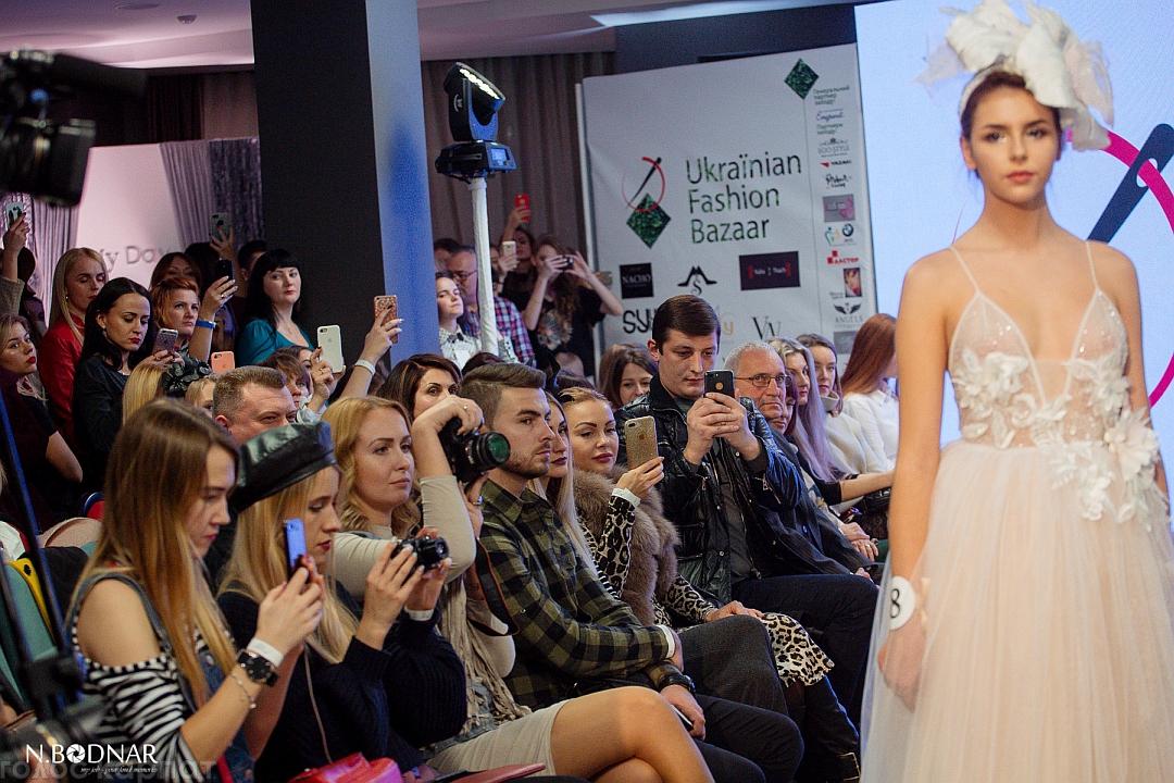 В Ужгороді розпочався щорічний «Ukraïnian Fashion Bazaar»