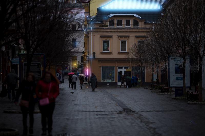 Як місто Ужгород зустрічає Новий 2018 рік. ФОТО