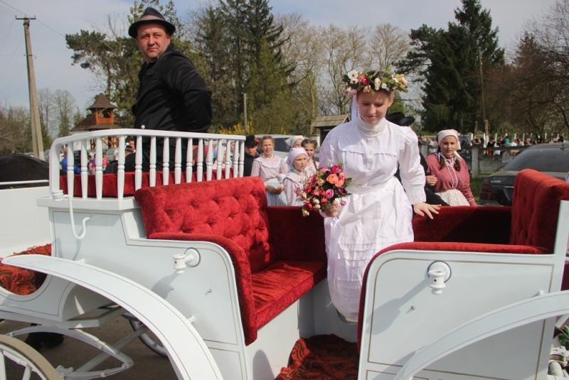 Весілля наймолодшої пари Закарпаття